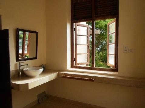 bathroom br2