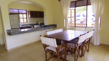A dining to kitchen