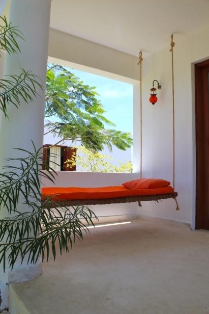 verandah bed