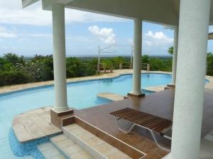 verandah pool to view