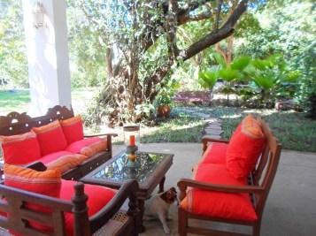 verandah seating
