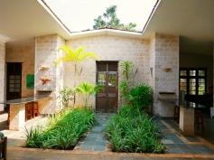 entrance with atrium
