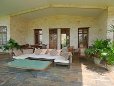 verandah seats to house