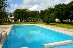 pool-to-houses