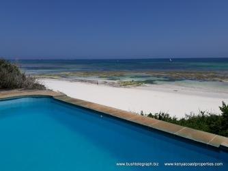 kilifi-bofa-pool-to-beach