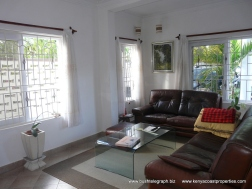 sitting-room2