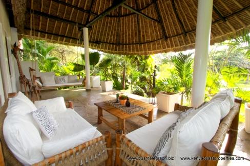 back-cottage-verandah2