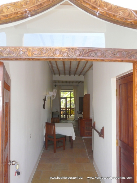 front door into apt