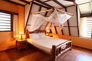 villa bedroom2