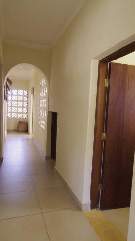 A cloakroom to corridor