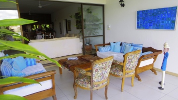 verandah to inside