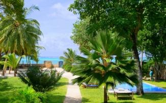 garden pool sea2