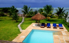 view pool to sea