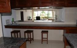 kitchen counter to insdie