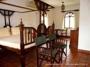 master bedroom1-001