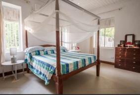 bedroom downstairs2
