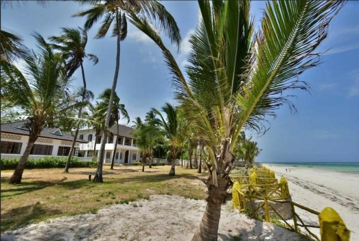 houses and beach