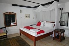 bedroom down2
