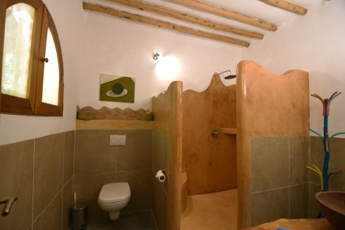 lodge bathroom6