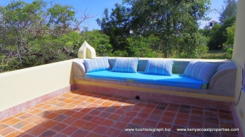 Terrace seating4
