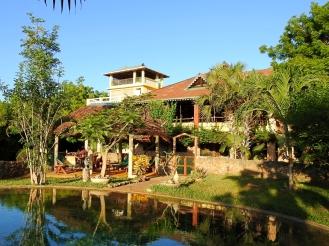 house form pool