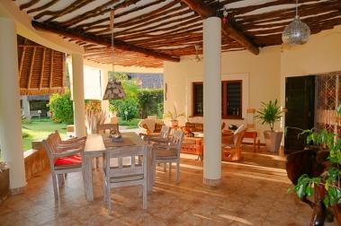 verandah dining to sitting