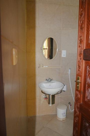 bedroom 2 bathroom1