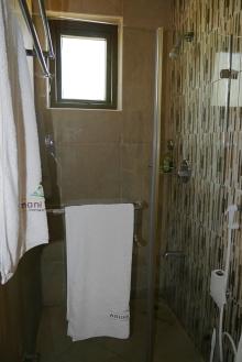 bedroom1 bathroom