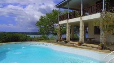 pool house sea
