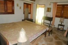 cottage bedroom2