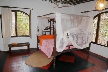 hse1 bedroom2