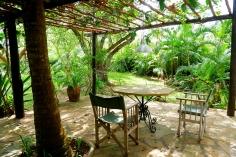 hse1 verandah to garden
