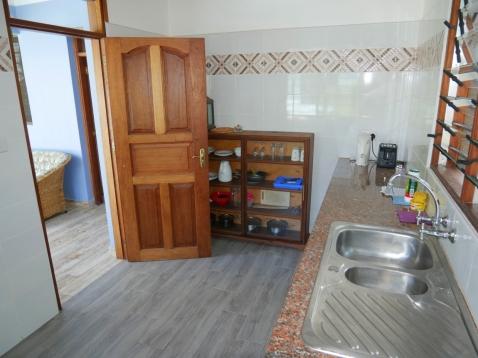 GH2 kitchen2