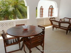 verandah full